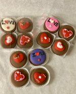 Valentine Chocolate Oreo Cookies